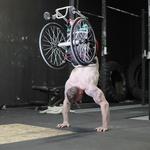 FOTO: Ostal je brez obeh nog, zdaj je navdih drugim (foto: Profimedia)