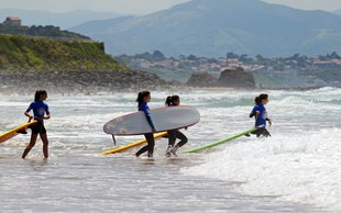 Biarritz – brezčasni biser Atlantskega oceana