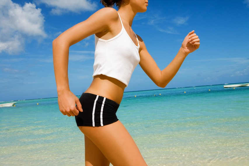Hujšanje s hojo: Do novega telesa z zgolj 10.000 koraki na dan!