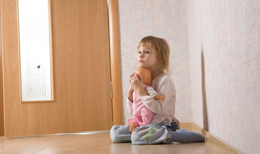 Zakaj je fizično nasilje tako uničujoče za samopodobo otroka?