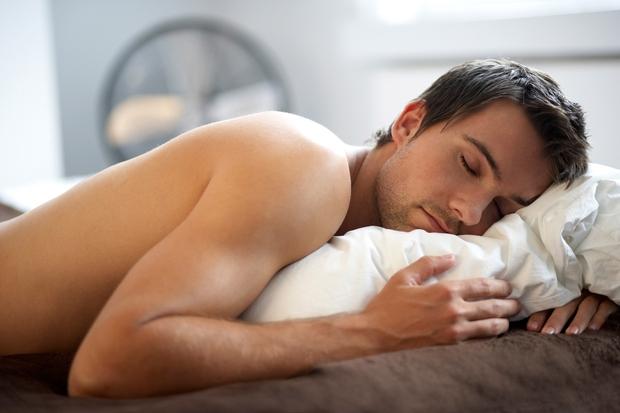 Dol z ruletami Znanstveniki so si enotni: kdor dovolj spi, ima manj apetita po nezdravi hrani. Najbolje se odpočijemo v …