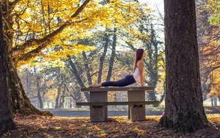 Terapevtska joga: 3 položaji, ki na nežen način sprostijo napete mišice in vas umirijo