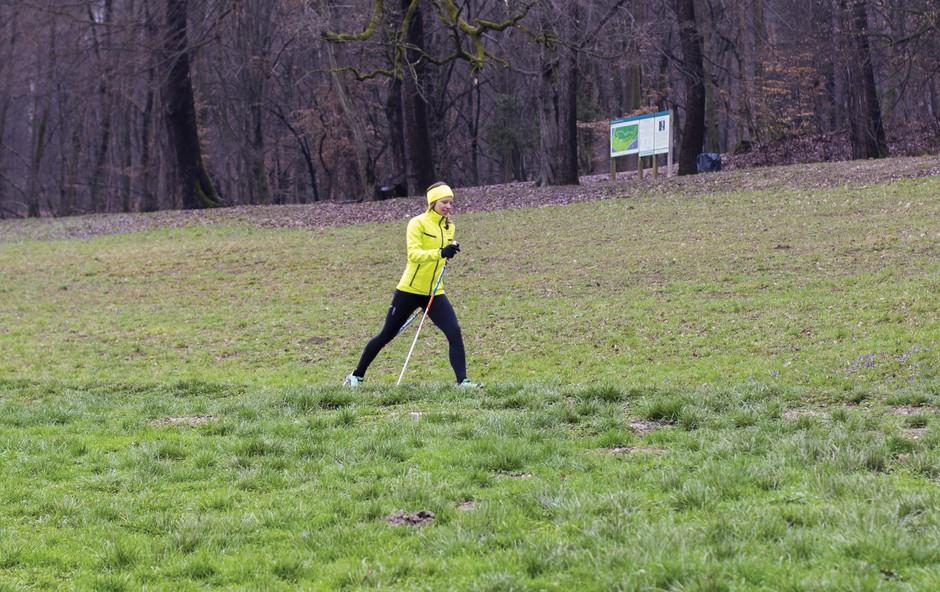 Vadba nordijske hoje, ki poskrbi za boljšo vzdržljivost in oblikovanje telesa (foto: Danijel Čančarević)