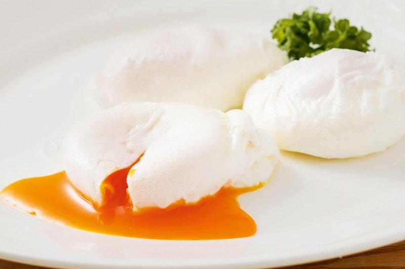 V vodnem vrtincu: poširanje jajca