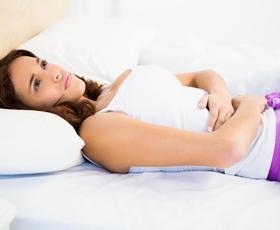 Znanstveniki so končno odkrili razlog, zakaj ženske lažje prenašajo bolečino