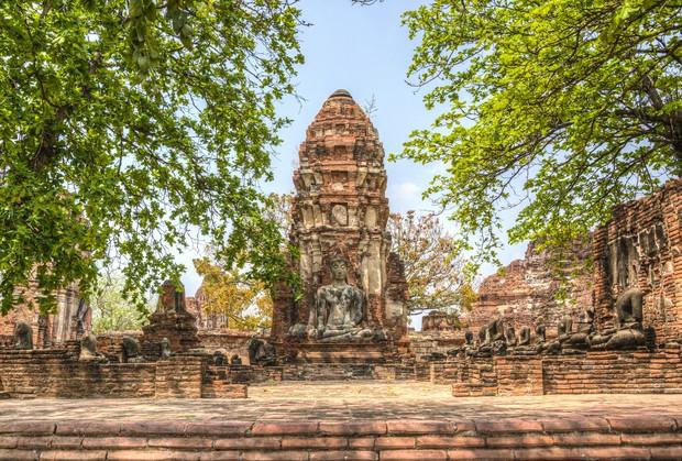 Ayutthaya, Tajska, leta 1700 – 1 milijon prebivalcev, danes 54 tisoč prebivalcev Mesto je bilo ustanovljeno leta 1350 in je …