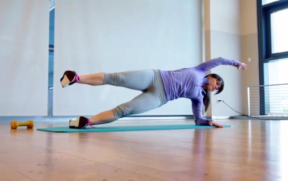 Izziv s Hano Verdev: Vaje za trebušne mišice (5. teden) (foto: Danijel Čančarević)