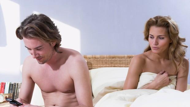 Kako lahko preprečite varanje? (foto: Profimedia)