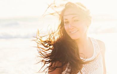 Za zdrave in lepe lase tudi poleti naredite naslednje ...