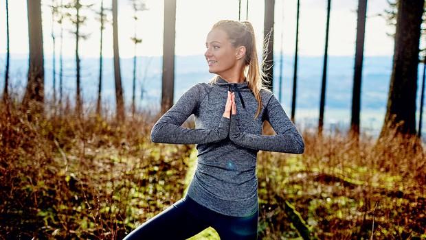 Joga za tekače: Zakaj morate občasno superge zamenjati za blazino za jogo (foto: Shutterstock.com)