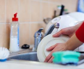 Kako pogosto bi morali umivati, čistiti in prati rjuhe, modrčke, lase ...?