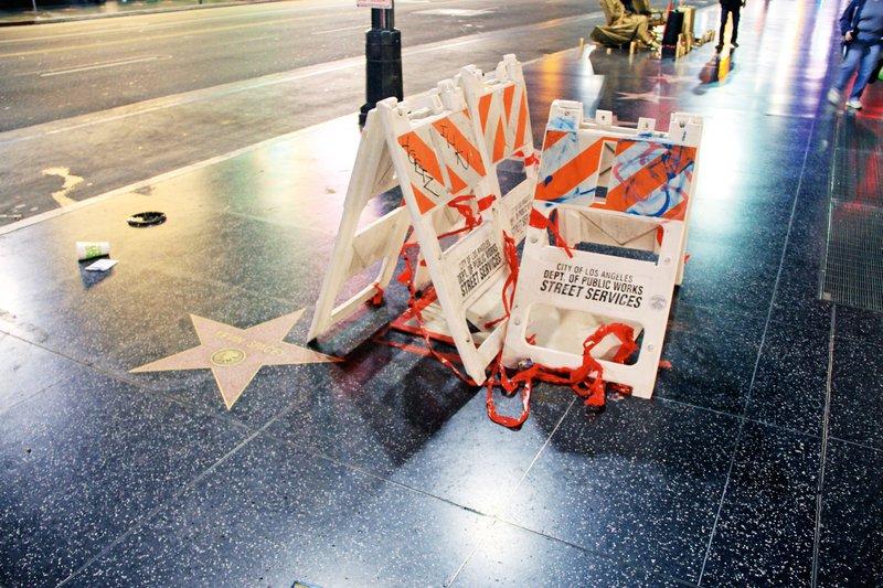 Razbita Trumpova zvezda na Pločniku slavnih