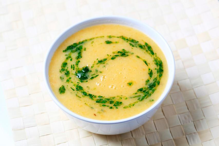 Recept: Kremna juha iz koromača, korenja in krompirja
