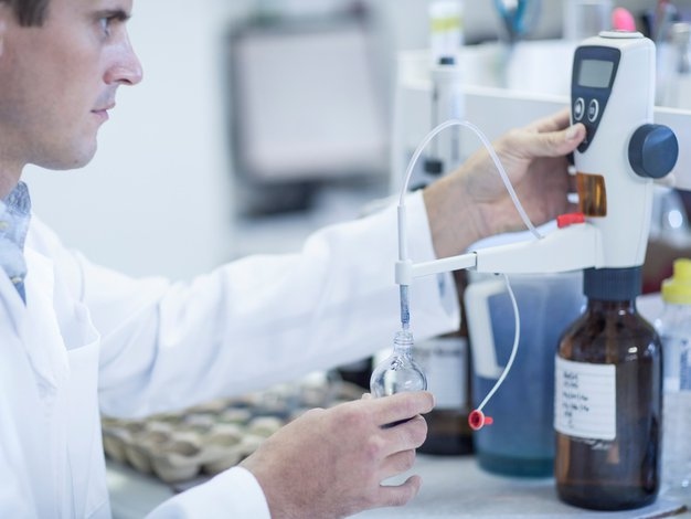 Genetika: Rak je delno gensko pogojen, vendar ga način življenja lahko prepreči - Foto: Profimedia