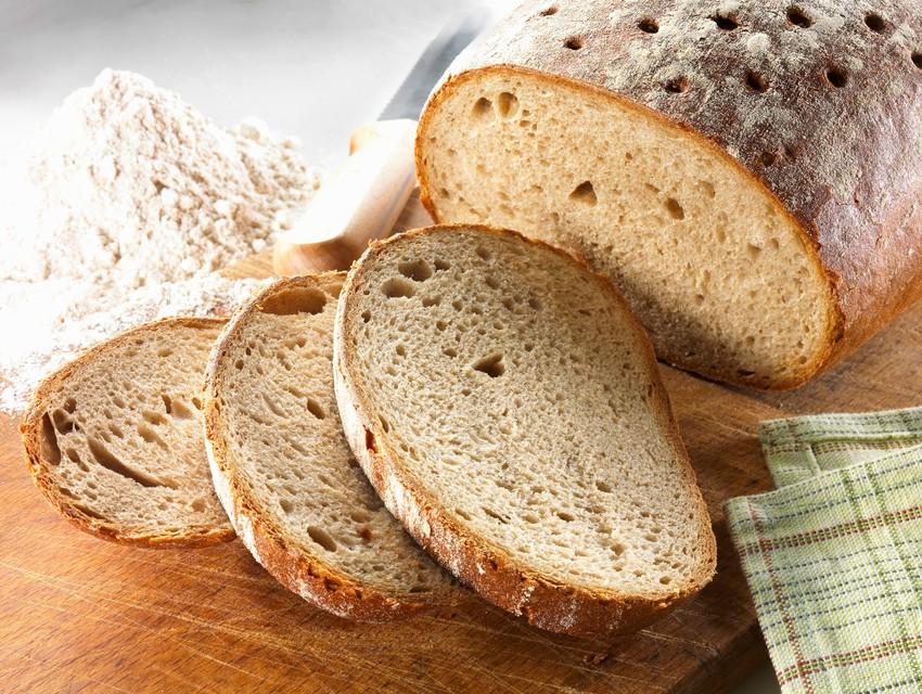 Preprost trik, kako ohraniti kruh dlje časa svež