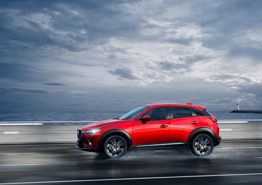 Kupujete nov avto? Spoznajte očarljivo Mazdo CX-3!