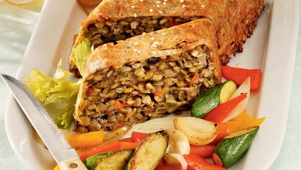 Ideja za kosilo ali večerjo: Lečina štruca z gobami in sirom (foto: Profimedia)