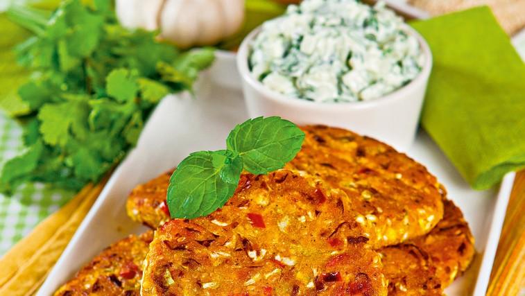 Ideja za kosilo ali večerjo: Indijske zeljne palačinke s koriandrovo omako (foto: Profimedia)