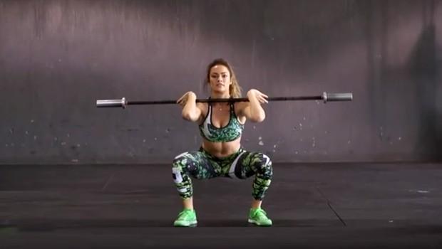VIDEO: 4 vaje za super rezultat - krepimo celo telo! (foto: YouTube)