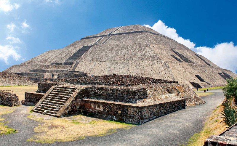 Piramida sonca, Mehika