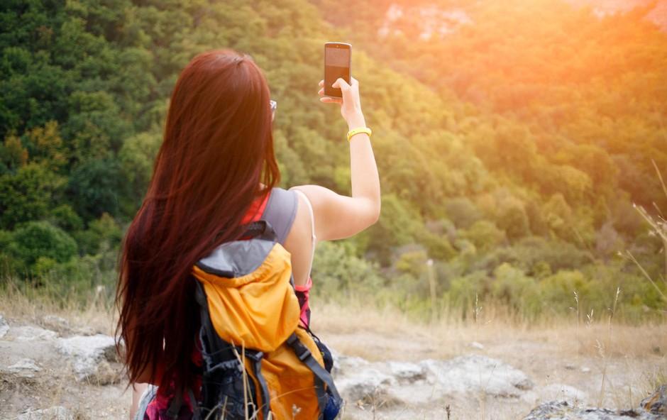 4 znaki, da imate nezdrav odnos s telefonom (foto: Profimedia)