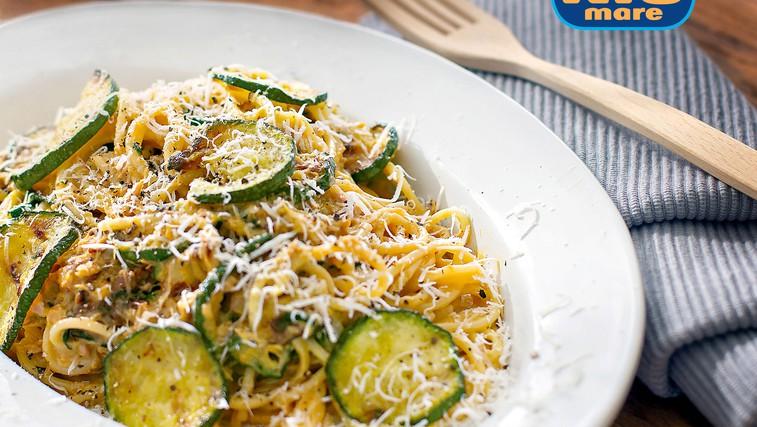 Špageti Carbonara s tunino in bučkami (foto: Danijel Čančarević)