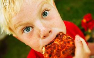 Vas zanima, kako jedo slovenski šolarji?