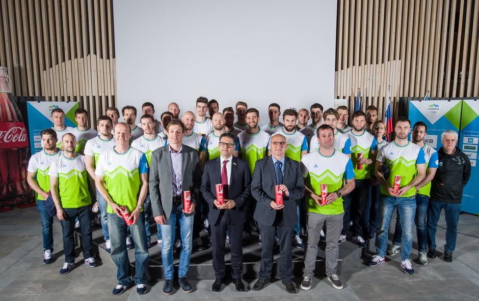 Coca-Cola s podpisom sponzorske pogodbe z OKS-ZŠZ podpira olimpijsko gibanje v Sloveniji do leta 2020 (foto: Promo)