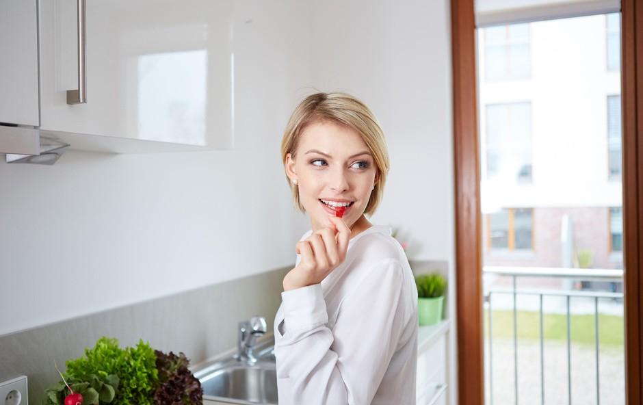 5 preprostih prehranjevalnih navad, ki vas bodo pripeljale do boljšega počutja in vitke linije (foto: Profimedia)