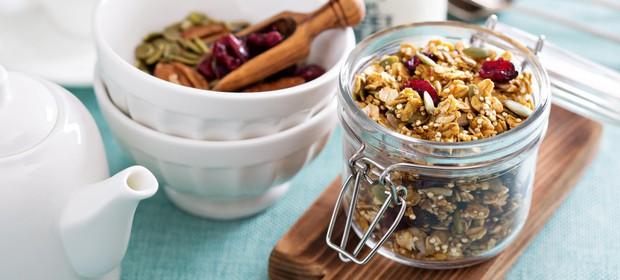 kvinoja-kosmici-sadje