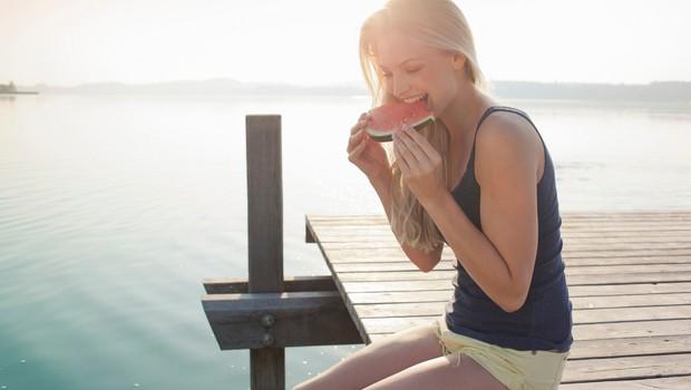 Najboljša in najslabša hrana, ki si jo lahko privoščite poleti (foto: Profimedia)