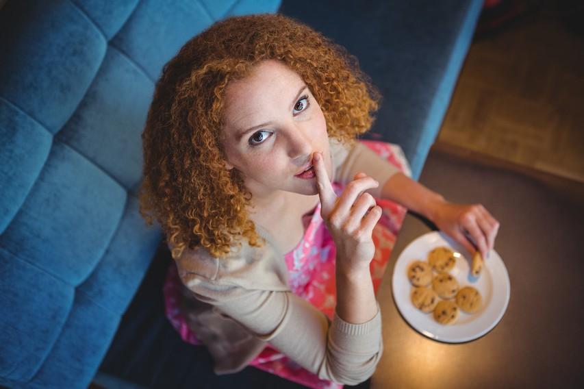 8 načinov, kako prelisičiti možgane in zatreti željo po sladkorju in nezdravi hrani