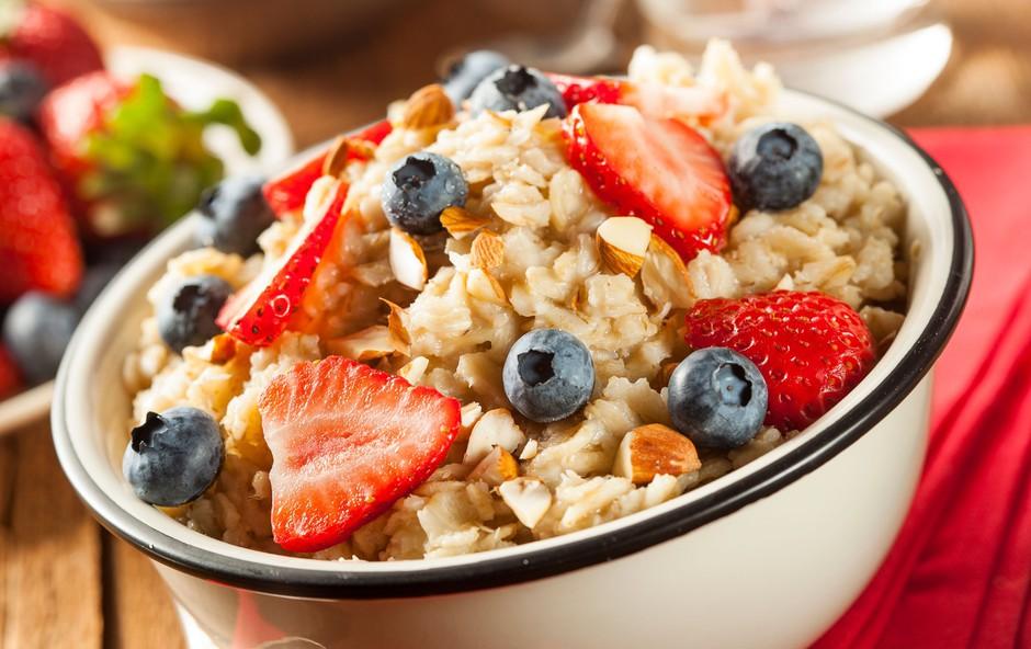 Kaj morate vključiti v zajtrk, če želite potešiti lakoto za dlje časa? (foto: Profimedia)