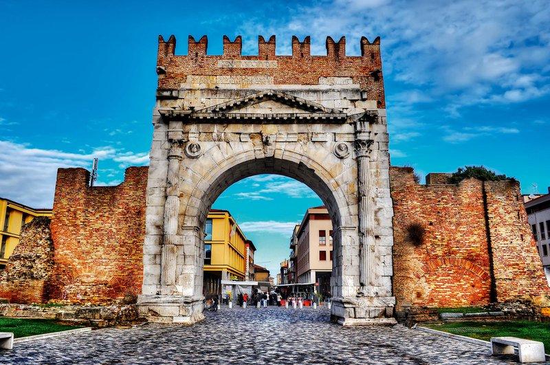 Arch of Augustus, Rimini, Italija