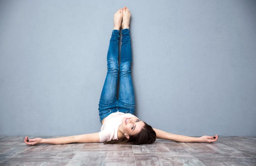 Kaj se zgodi, če dva tedna vsak dan polagate noge ob steno?