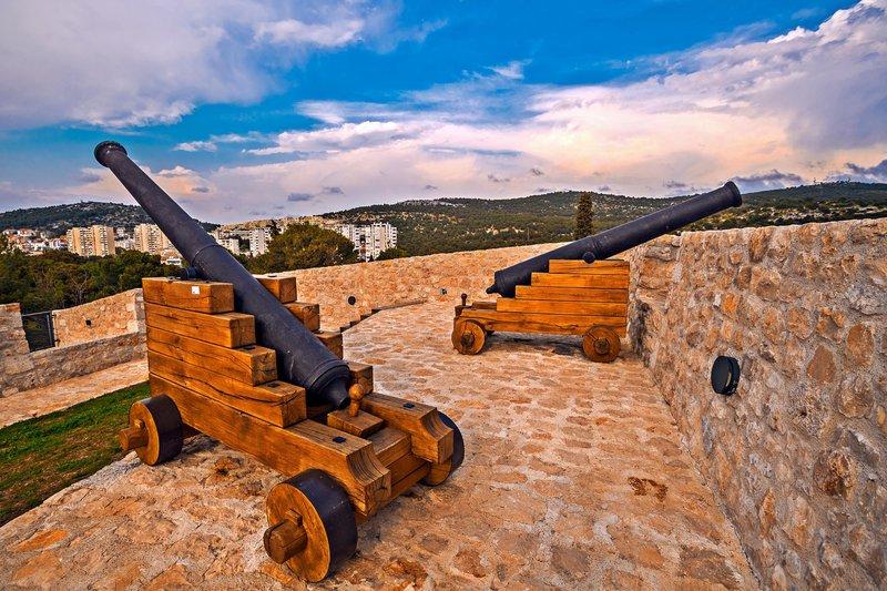Barone trdnjava, Šibenik, Hrvaška