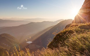 Sončni vzhod na Mangartskem sedlu