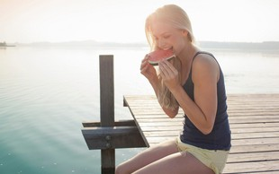 To so 4 poletna superživila, ki bi jih morali jesti (še pred zaključkom poletja)
