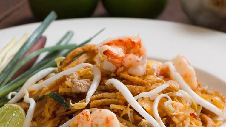 Pad thai s kozicami (foto: Profimedia)