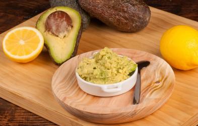 Najboljši prigrizki, ki potešijo lakoto med dieto