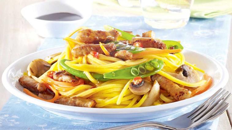 Pikantni špageti z gobami ... (foto: Profimedia)