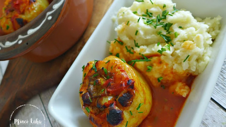 Recept: Veganske polnjene paprike (foto: jasmina Hrastovec)