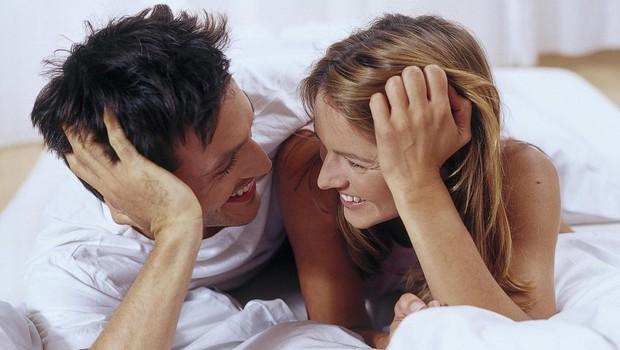 6 znakov, da ste v razmerju z osebo, ki se zaveda svojih čustev (in se jih ne boji pokazati) (foto: Profimedia)
