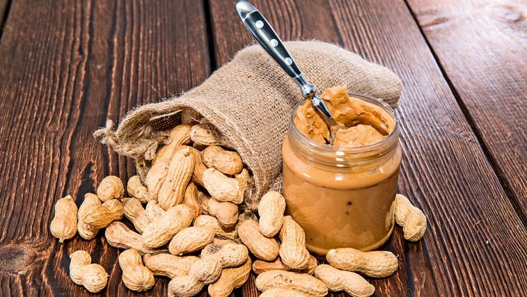 RECEPT: Naredite arašidovo maslo sami doma (foto: Shutterstock)