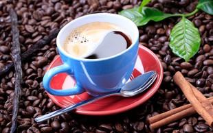 4 sestavine, ki bodo popestrile vašo skodelico kave