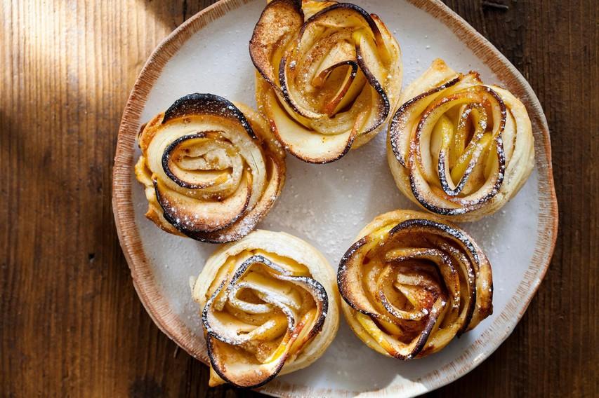 JESENSKI RECEPT: Jabolka v ponvi, loncu in pečici