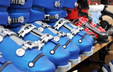 Kdaj in kako opraviti nakup smučarskih čevljev (in česa ne smete nikoli izpustiti!)