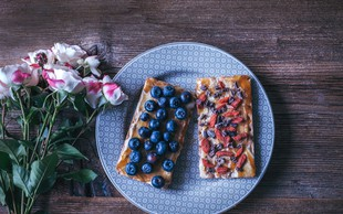 5 idej, ki popestrijo jutranji popečen kruhek