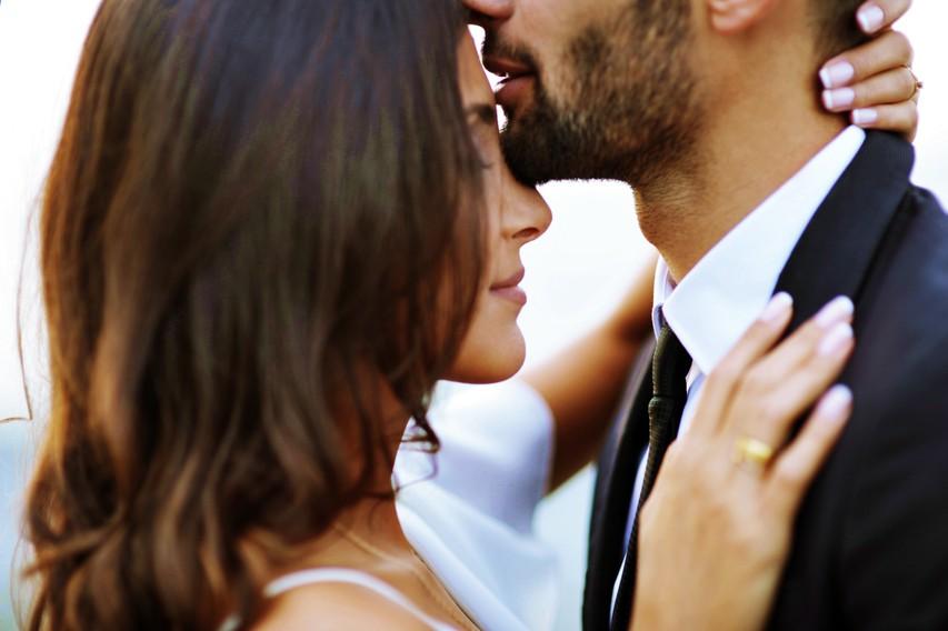 Obstaja 5 tipov intimnosti, od katerih pa samo en vključuje seks