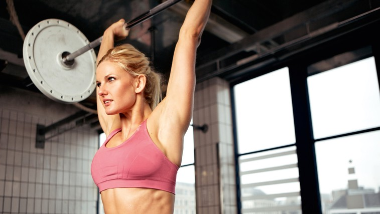 Kako izgubiti tiste zadnje 3, 4 kilograme? Več beljakovin, ne le manj kalorij! (foto: Shutterstock)